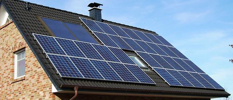 как сэкономить и заработать на домашней солнечной электростанции