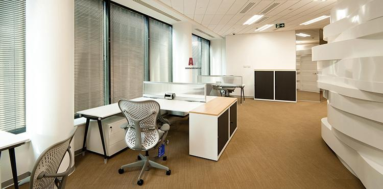 как обустроить маленький офис №2