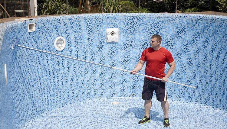 как очистить стенки бассейна от налета №2