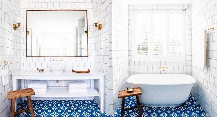 какую плитку выбрать в маленькую ванную №3