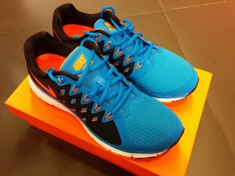 отличия оригинальных кроссовок Nike от подделки