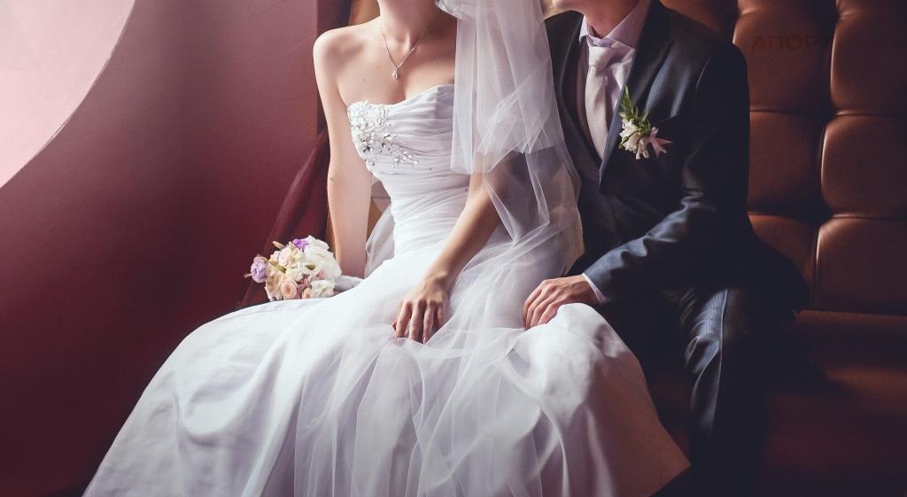 Какую ткань выбрать для свадебного платья