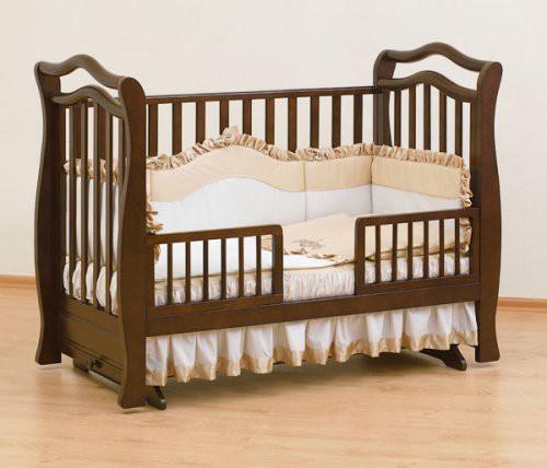 Преимущества и недостатки кроватки-маятника