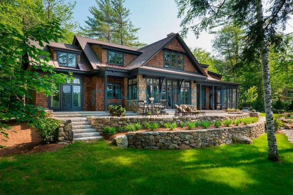 Особенности выбора стройматериалов для постройки коттеджей